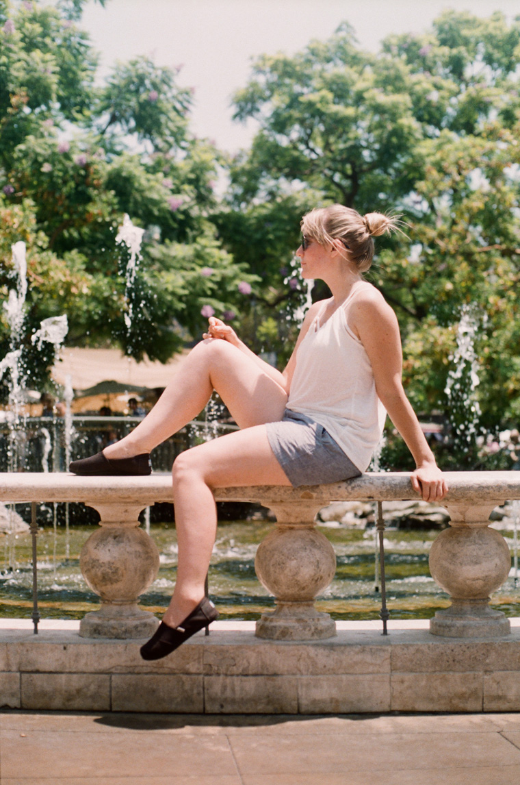 andria in front of the fountain