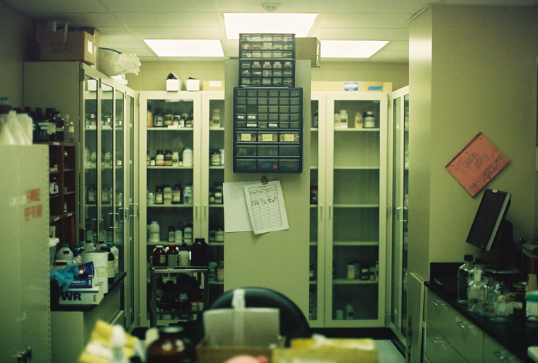 scenery - wisconsin college chemistry lab